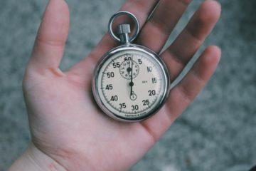 ビーコミュニケーションズが美人時計を傘下にFCで全国展開の画像